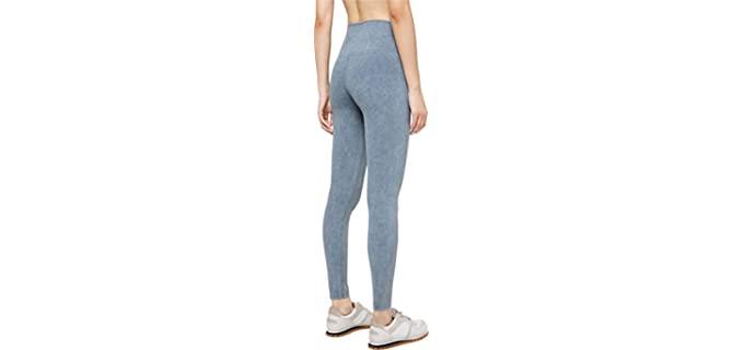 Lululemon Women's Wunder Under leggings - Best Yoga Pants Brand