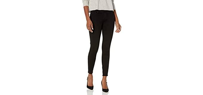 Levi Strauss Women's Signature - Black Skinny Jean